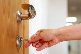 Faire appel à un serrurier pour renforcer la sécurité de sa maison