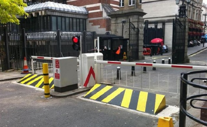 Bien choisir une barrière automatique : conseils et astuces