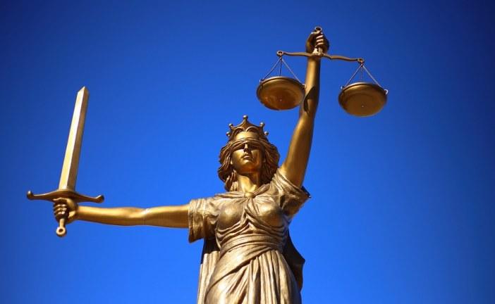 La loi dans le domaine du code du travail