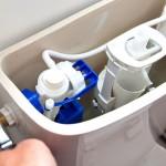 Comment réparer une toilette qui coule à paris ?