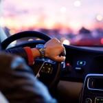 Payez-vous plus d'assurance pour une voiture rouge ?
