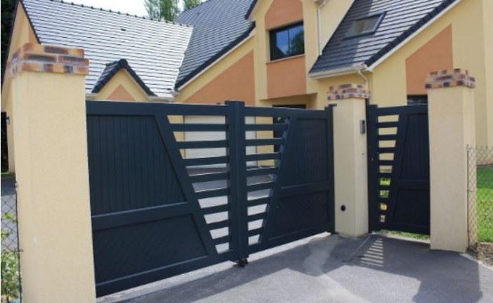 Opter pour un portail avec portillon intégré, quels avantages ?