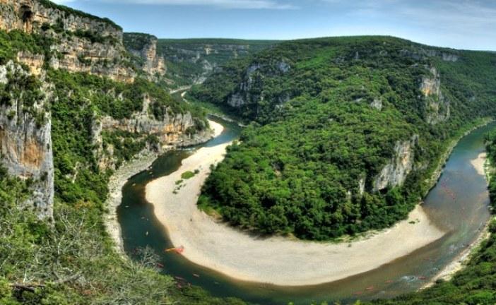 Vallon Pont d'Arc, un endroit féérique pour explorer les gorges de l'Ardèche